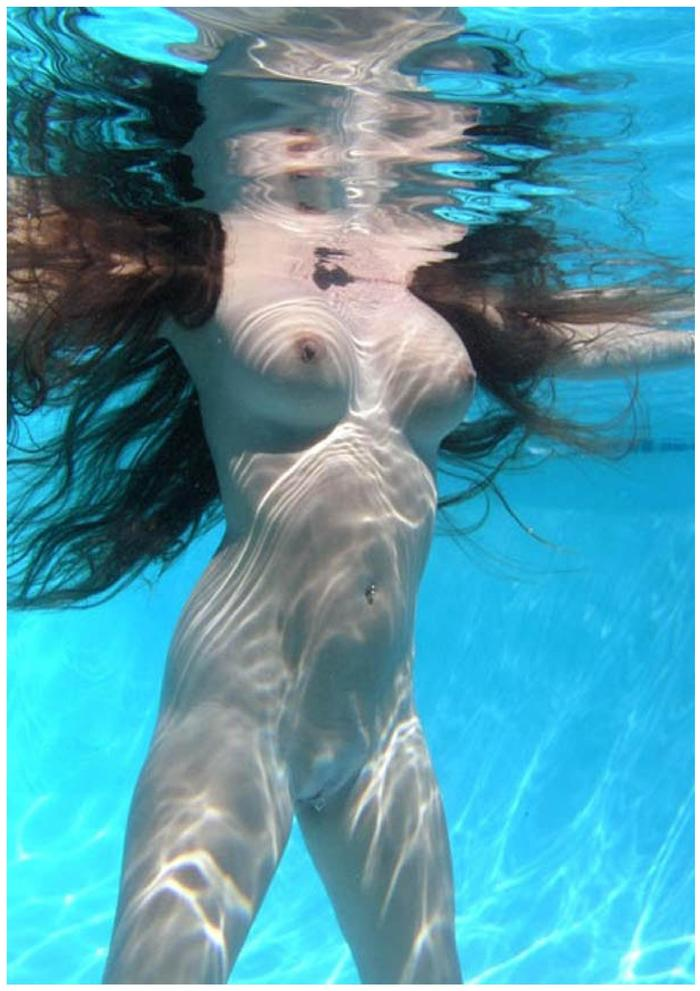 Swimming naked when on my period, schol pussy pics